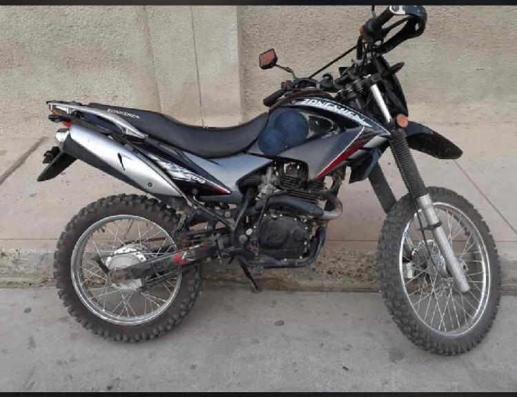 Moto zonsheng 200 modelo cross
