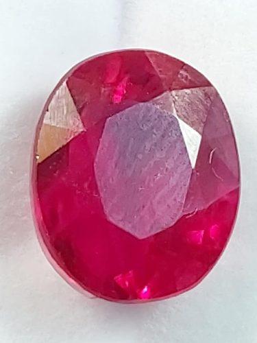 Piedra rubí rojo ggl 15.35 ct certificado ggl4180/r0573