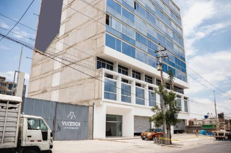 Soluciones inmobiliarias alquila oficina de 47 m2 edificio