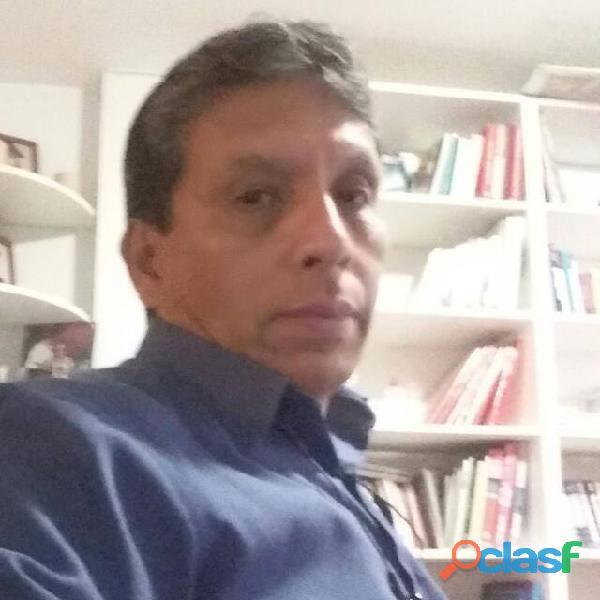 Profesor de matemáticas y ciencias en español o ingles bachillerato internacional