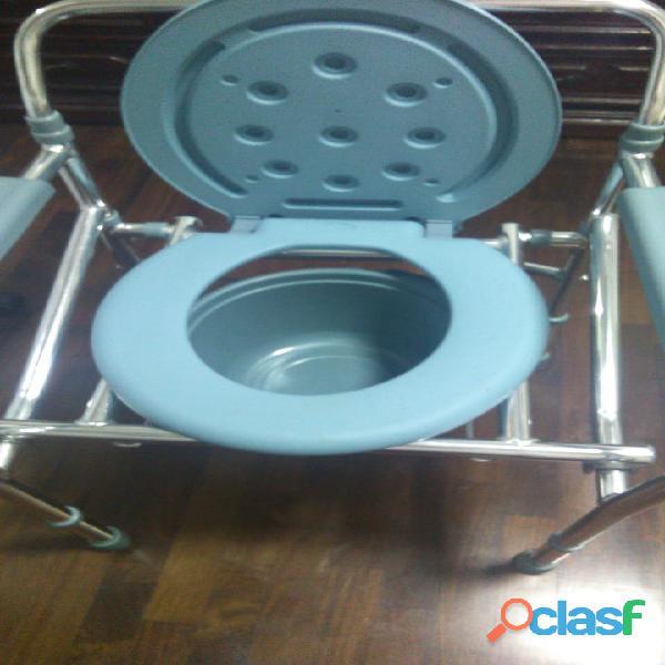 Cama clínica y water urinario portátil 1