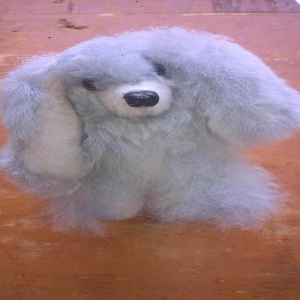 Pequeño peluche perrito baby alpaca artesania hecho a mano