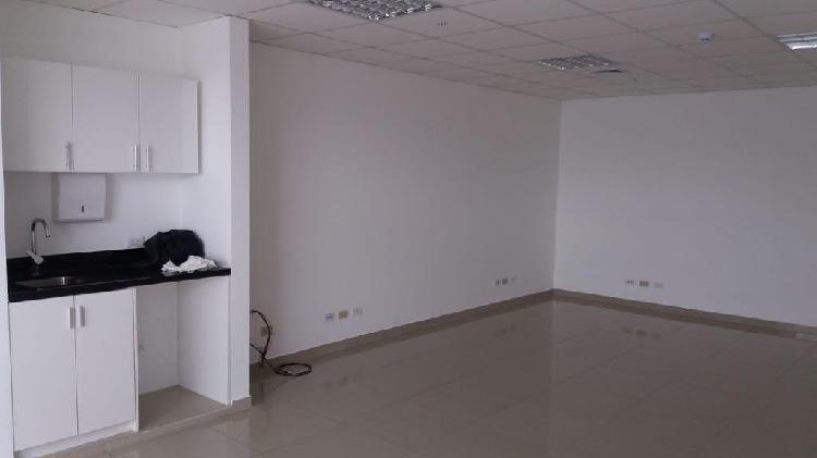 Miraflores, estupenda oficina moderna, implementada y con