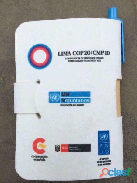 Libretas ecológicas hechas en el perú de botellas plásticas recicladas ekotex merchandising ecológic