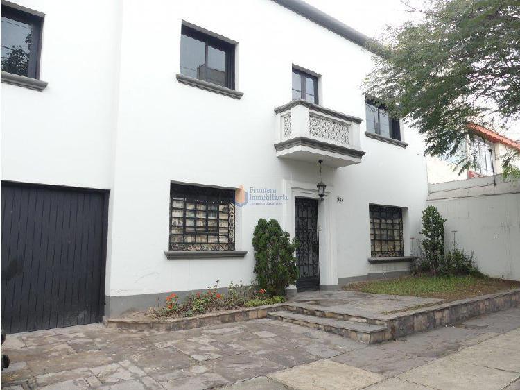 Alquiler de casa jesús maría para oficina 300 m²