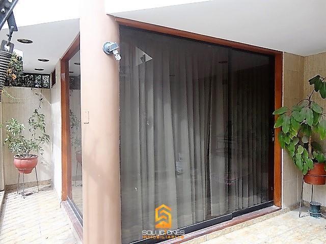 Soluciones Inmobiliarias Alquila Casa a Desnivel de 3 Pisos