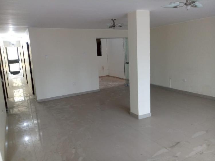 1er piso remodelado tipo casa en av, con zona de oficina o