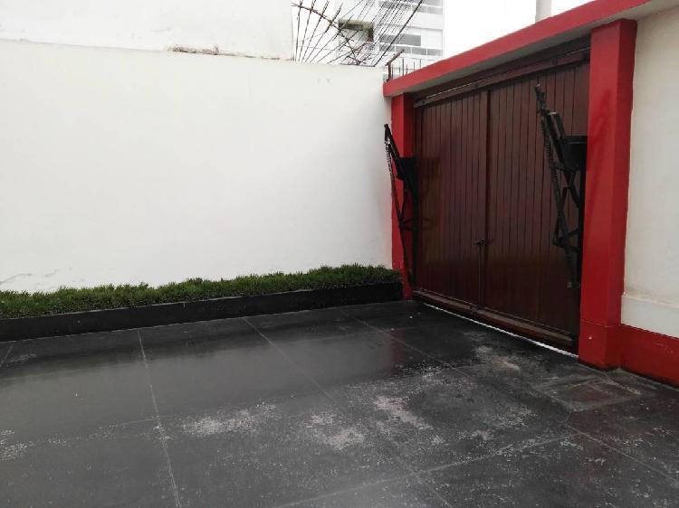 Casa san isidro basadre, a. terreno 563 m², param 7 pisos