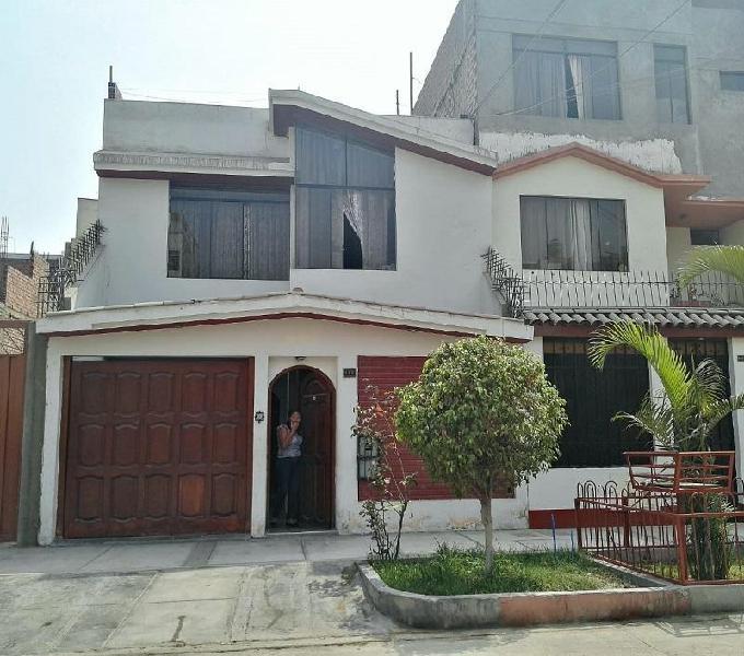Vendo casa 3 pisos 216 m² con cochera en pro - los olivos