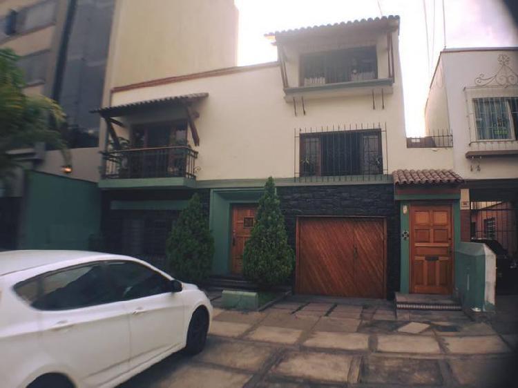 Vendo Casa en San Antonio, Miraflores