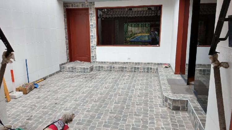 Venta casa remodelada de 3 pisos cerca mall del sur - sjm -