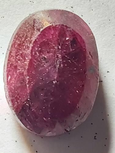 Piedra rubí rojo opaco africano sangre natural 15ct. n 16a