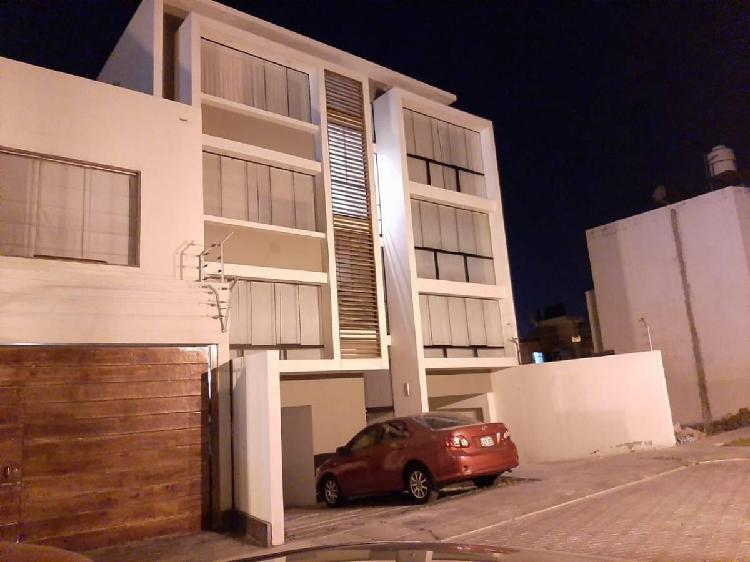 Se alquila departamento en 4to piso en cayma - #462