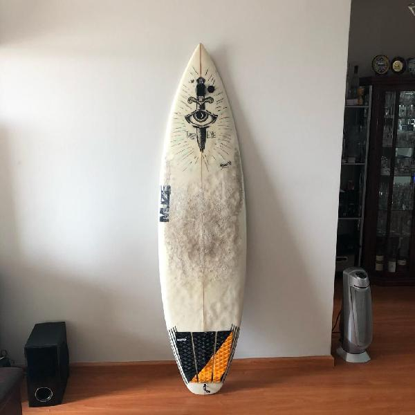 Tabla de surf muze surfboard soles!!!