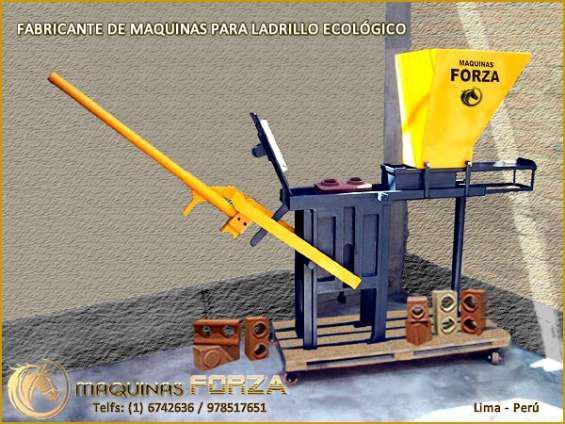Maquinas para ladrillos ecológicos en ayabaca