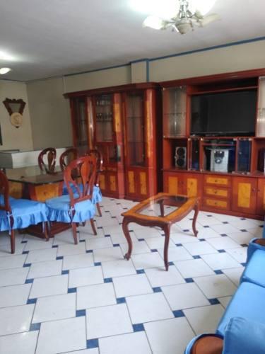 Juego de comedor, muebles, separado de ambiente y mesas