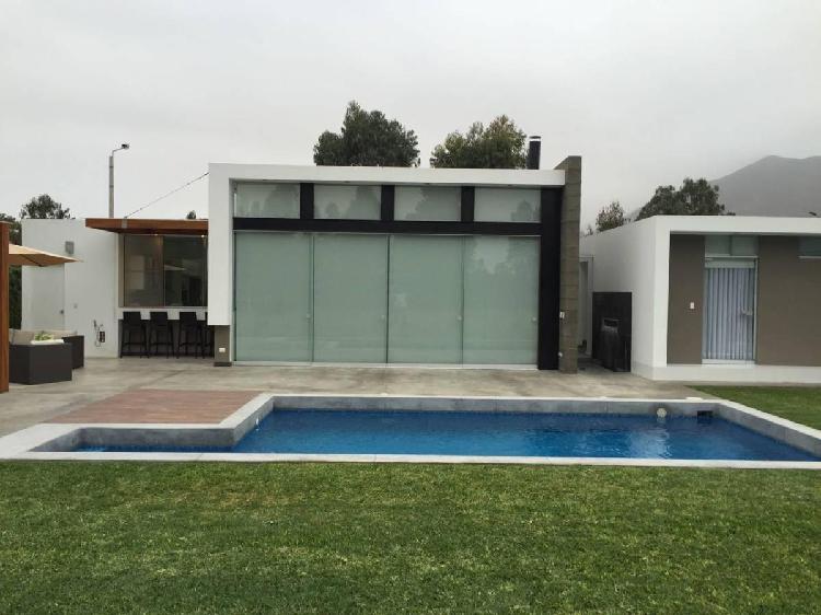 Alquilo pucusana casa campo - playa at: 1590 m²