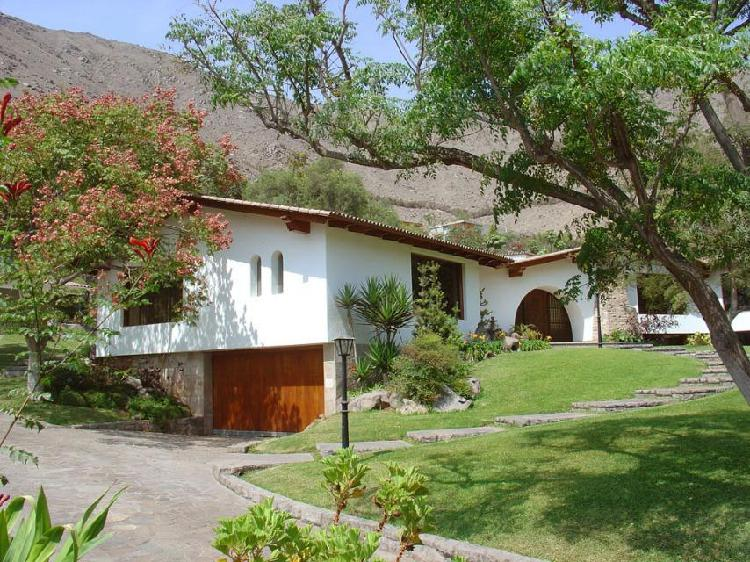 Calle la pradera - bella casa 900 m² exclusivo condominio
