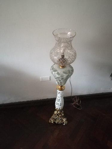 Lámpara de pie cristal bavaro blanco con bronce