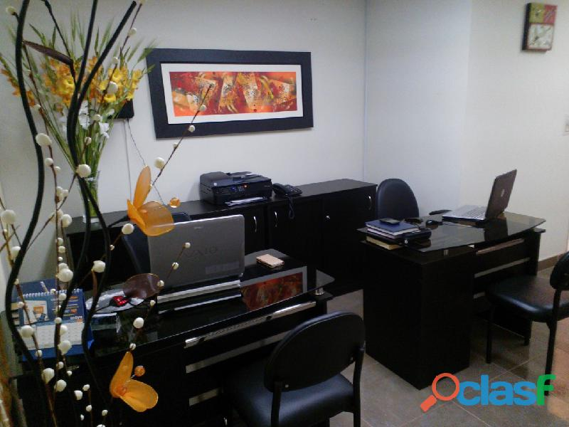 Alquilo oficina amoblada compartida  miraflores