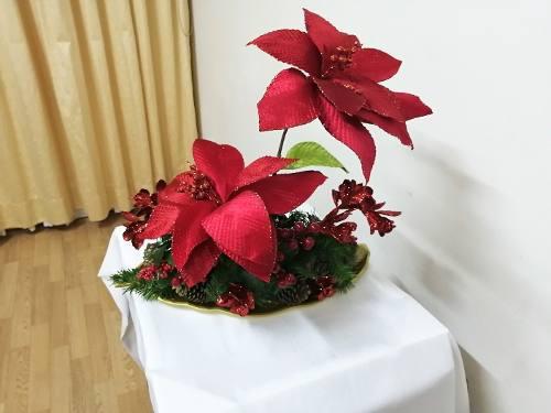 Centro de mesa navideño hermoso