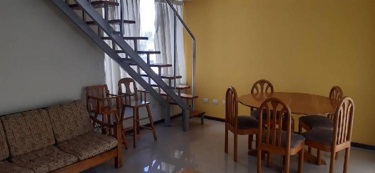 Departamento duplex de 120 m² mas azotea y cochera en jlbr.