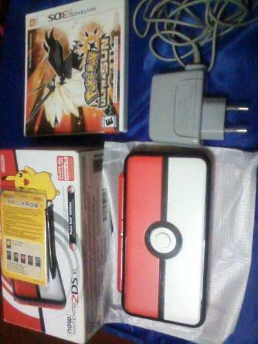 Nintendo 2ds xl + cargador + juego de pokemon ultra sol