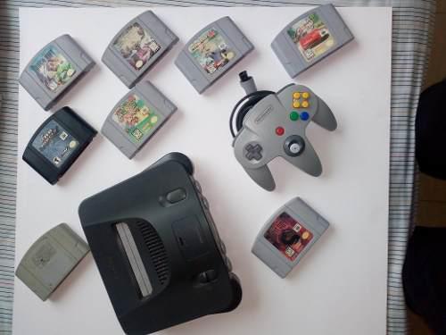 Nintendo 64 americano completo. mas 2 mandos y 8 juegos