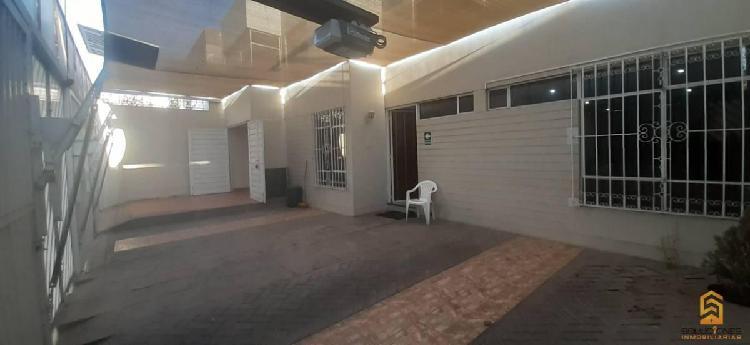 Soluciones inmobiliaria alquila local de 315 m² av