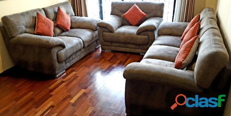 ¡vendo juego de sala: sillones de 1, 2 y 3 asientos con 6 cojines decorativos!
