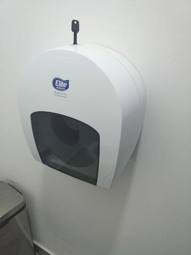 Dispensador yumbo de papel toalla marca elite... nuevo!!!