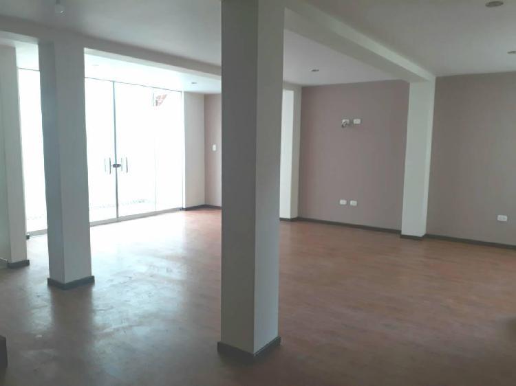 Se alquila duplex en primer y segundo piso