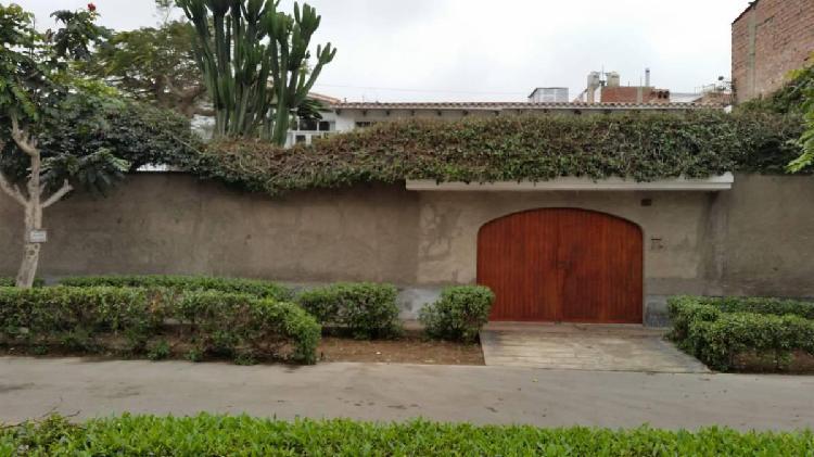 Vendo linda casa en los cedros de villa chorrillos 428 m² -