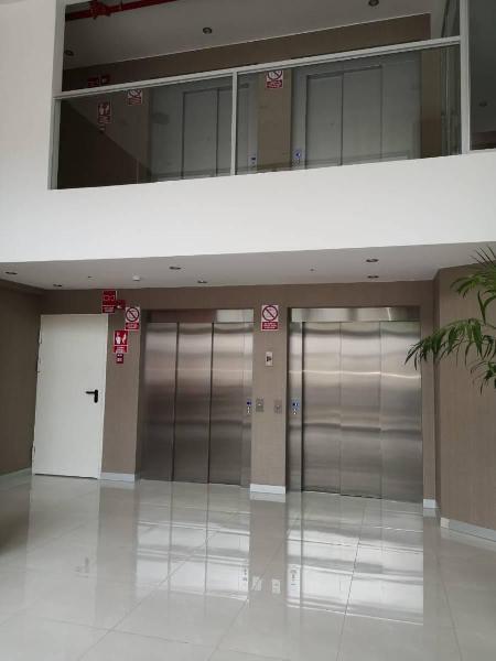 Departamento en piso 12 vista externa en av salaverry id