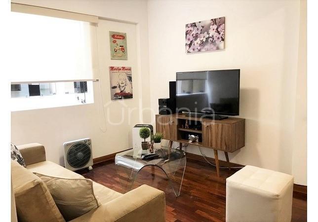 En venta dpto 65 m² amoblado 2 dorm + 1 estac + 1 deposito