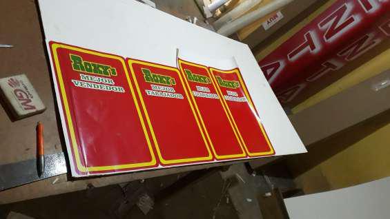 Producción,mantenimiento e instalación de rótulos en