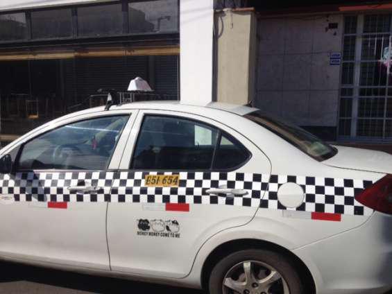 Alquilo taxi turno 12 horas en Lima