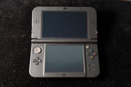 Nintendo 3ds + Stylus + Cargador + Juegos