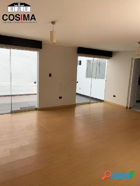 Amplio flat con terrazas en 1er piso en monterrico, lima