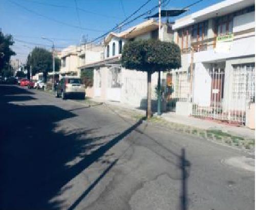 Vendo Casa Amplia y Segura en La Mejor Zona de La Negrita
