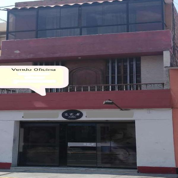 Remato 2 oficinas segundo piso con vista a la