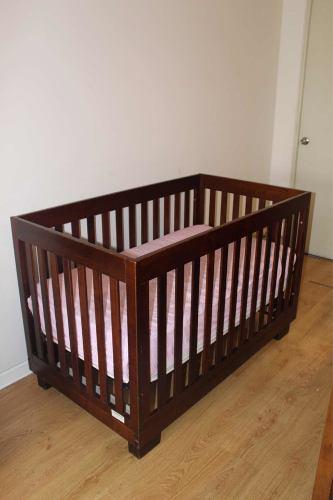 Cuna corral babyletto con colchón mami boo