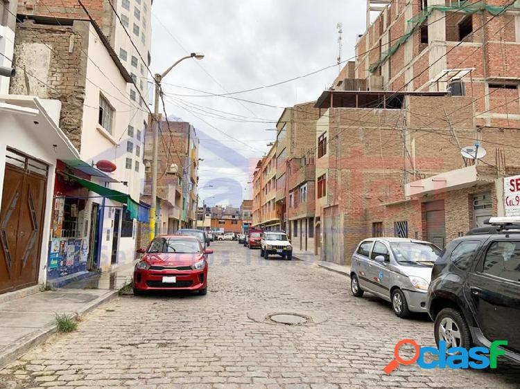 Alquilo local comercial 2° piso en calle diego ferré - centro de chiclayo