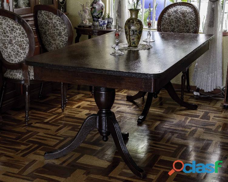 Mesa de comedor rectangular de Caoba