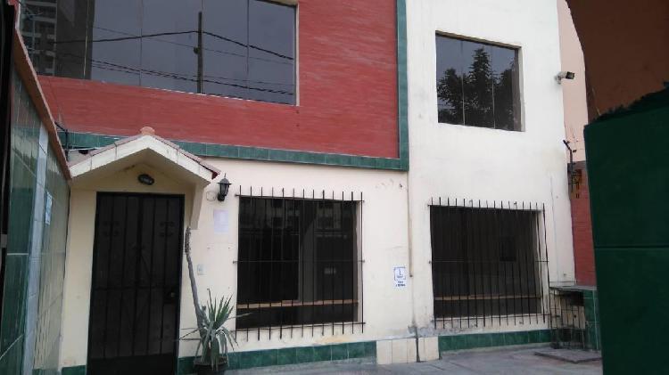 Casa para vivienda u oficina a puerta cerrada