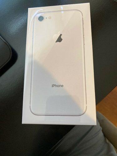 Celular iphone 8 64gb silver libre fabrica nuevo accesorios