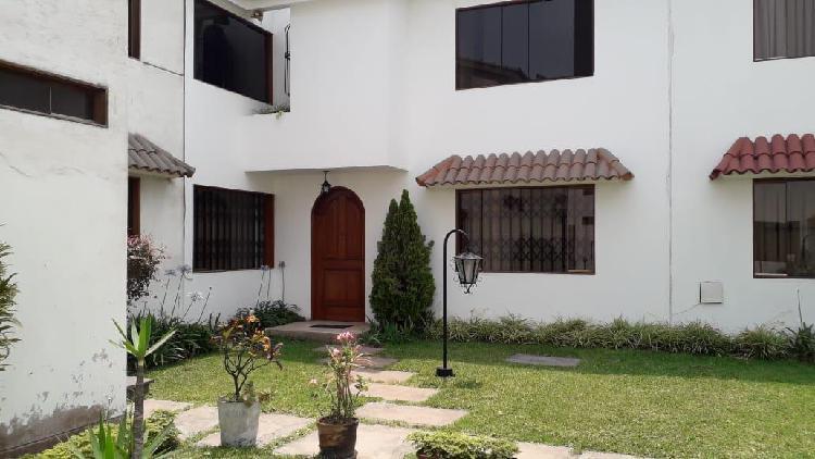 Casa e condominio la molina