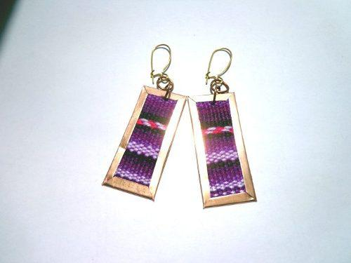 Aretes Rectangulares De Manta, Textil. Tela