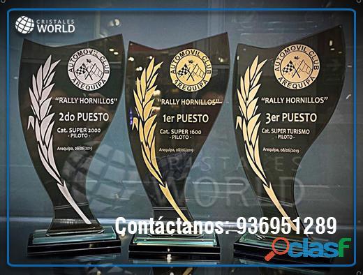 Trofeos de cristal y vidrio, recordatorios, placas, urnas de vidrio, cristales world