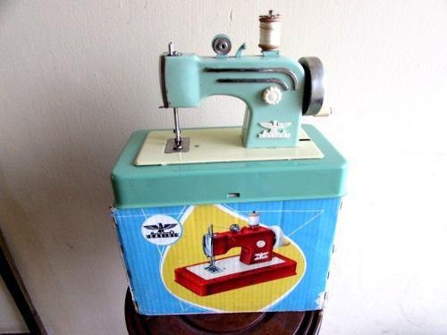 Tesoros maquina coser castige juguete w. germany